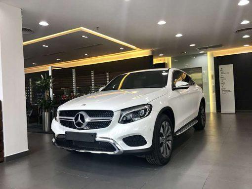 Mercedes GLC 300 hệ thống xi nhan