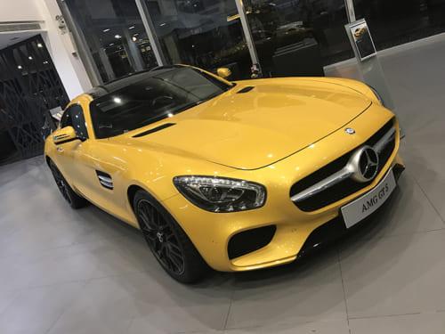 Mercedes AMG GTS đèn xi nhan
