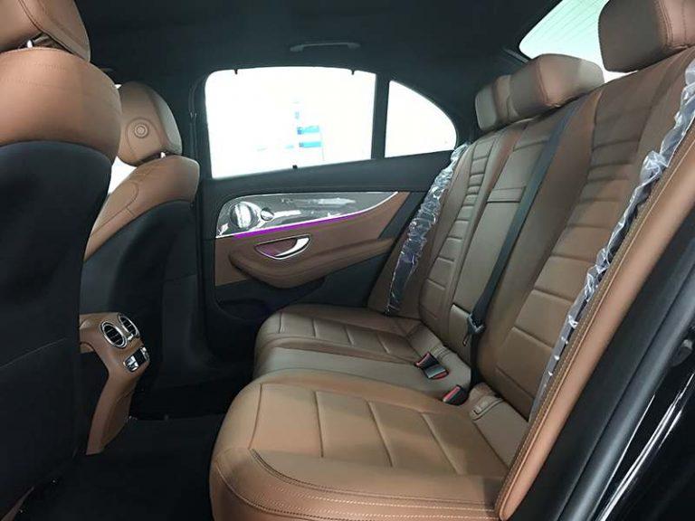 mercedes e300 hệ thống ghế phía sau