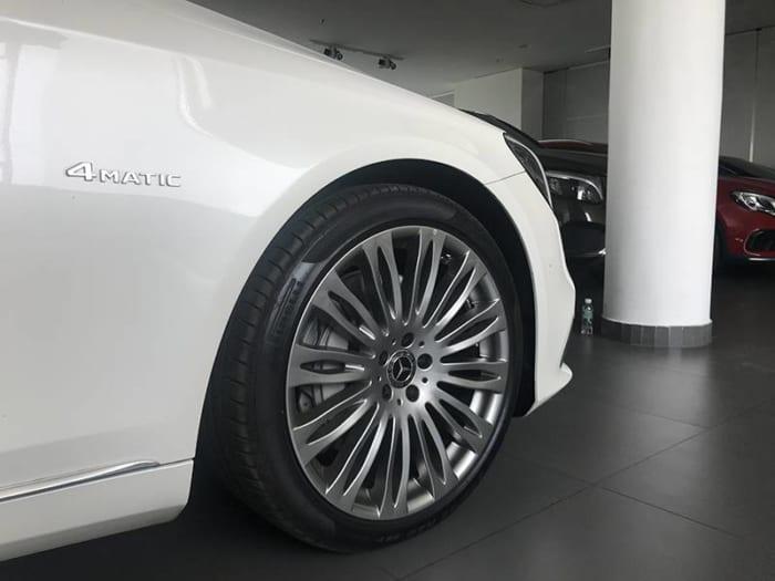 Mercedes Maybach S450 bánh xe