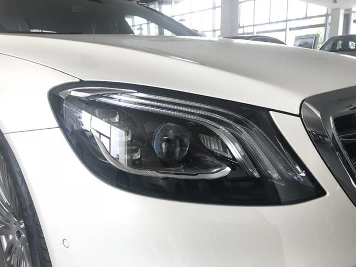 Mercedes Maybach S450 đèn xi nhan phía trước