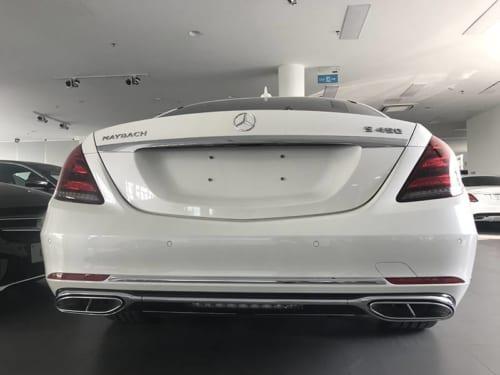 Mercedes Maybach S450 đuôi xe