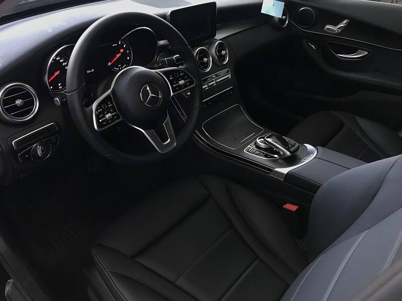 Nội thất Mercedes C200 2019