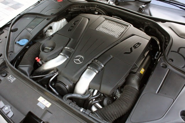Động cơ xe Mercedes S500L