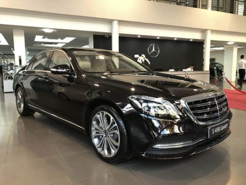 Mercedes S450 luxury được thiết kế với những đường nét sang trọng